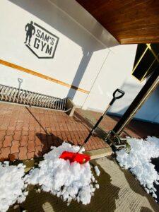 schneeschaufel in sam gym